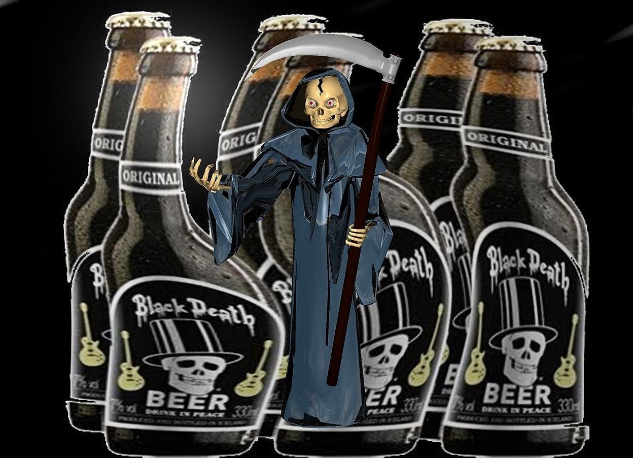 Input text: a [bd] backdrop.a 3 inch tall shiny black grim reaper.